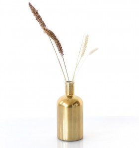 location vase bottle gold