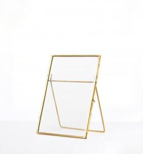 Location Cadre doré en métal 15x20 cm